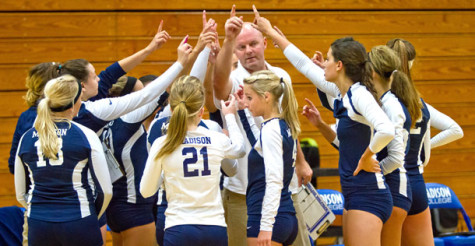 WolfPack volleyball wins 10 straight  matches, claims share of conference title