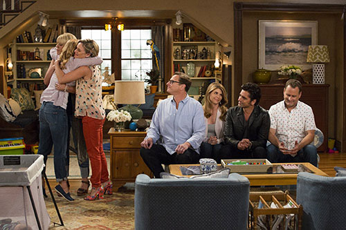 """NETFLIX John Stamos, Andrea Barber, Candace Cameron Bure, Dave Coulier, Lori Loughlin, Bob Saget and Jodie Sweeton in """"Fuller House."""""""