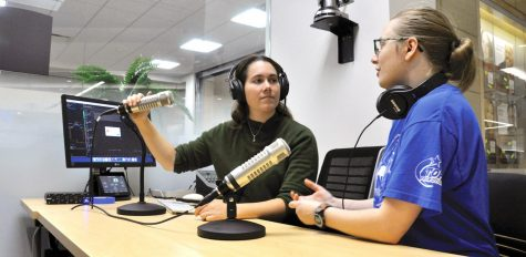 Clarion radio takes on 'War of the Worlds'