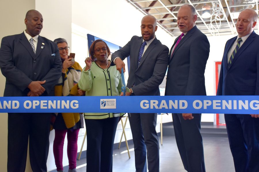 Lt.+Gov.+Mandela+Barnes+cuts+the+ribbon+at+the+grand+opening+celebration+for+Madison+College%E2%80%99s+new+rooftop+solar+array%2C+the+largest+in+the+state.+Pictured%2C+from+left%2C+are+District+Board+members+Dr.+Elton+J.+Crim%2C+Jr.%2C+Ananda+Mirilli+and+Frances+M.+Huntley-Cooper%3B+Lt.+Gov.+Barnes%3B+Madison+College+President+Dr.+Jack+Daniels%3B+and+Jeff+Keebler%2C+chairman%2C+president+and+CEO+of+MG%26E.