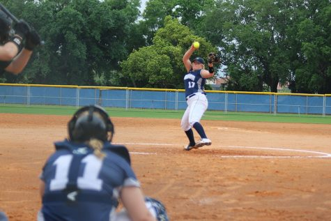 Softball team ends season in semifinals