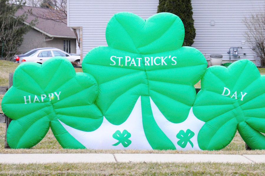A+happy+St.+Patrick%E2%80%99s+Day+decoration+sits+in+a+Madison-area+yard.%0A