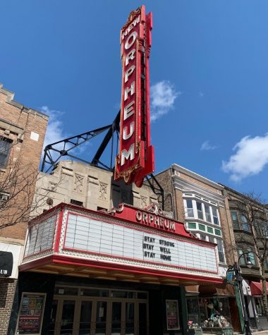 """The Orpheum on State Street reminds people to """"Stay strong, stay well, stay home."""""""
