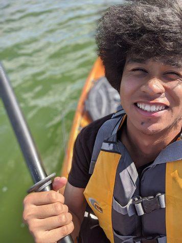A photo of Steven Andriantsiratahina while kayaking